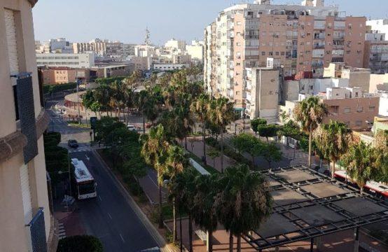 Piso en venta en Almería de 140 m2 REF:1156524