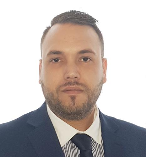 agente inmobiliario Alvaro
